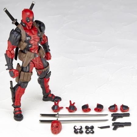 Revoltech-Deadpool-007